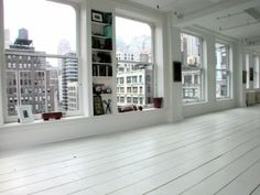 new york, empty floor