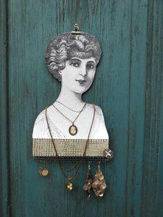 Lachtani: věšák na šperky