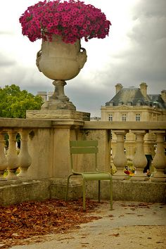 Quiet Corner - Jardin du Luxembourg Paris, France