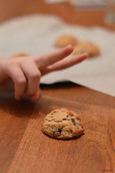 "cookies ""crunchy"" Cookies, Desserts, Food, Crack Crackers, Tailgate Desserts, Deserts, Biscuits, Essen, Postres"
