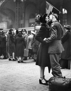 lover were kissing after the war