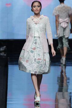 Jakarta Fashion Week 2012 - Yasra
