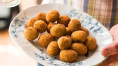 Deep-fried stuffed olives | The best version of these wonderful olives come from a town called Ascoli Piceno, high in the hills of central Le Marche, Italy, where they sell them in paper cones on the street. Using chicken, veal and pork mince, stuffed olives are not only quite delicious, they're also quite complicated to make, so I've simplified them for the home cook. Even then, being small, stuffed and fried, they're a bit fiddly. But if you have the inclination, and a party to cater for… Mince Recipes, Dog Food Recipes, Cooking Recipes, Chicken Recipes, Olive Recipes, Italian Recipes, Italian Cooking, How To Cook Mince, Pork Mince
