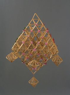 Straw Decorations, Straw Art, Paper Chandelier, Handmade Ornaments, Twine, Geometry, Ceiling Lights, Lighting Ideas, Finland