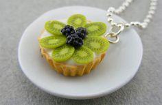 Kiwi tart necklace
