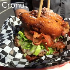Working & #eating a #fryfry #cronut #burger #foodtruck vs food truck in #la #losangeles #westside #beach #cityofangels #eat by #chef #joelazo #foodporn #foodie #timetoeat #yummy #food #follow #eatdrinksleeprepeat #cheflife