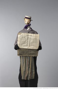 Fonds Georges Lafaye. III. Spectacles de marionnettes. Faits divers (1953, Lafaye) : marionnettes. Marionnettes. Le lecteur et son journal   Gallica