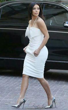 Surprise bridal shower for Kim Kardashian... Love the dress.