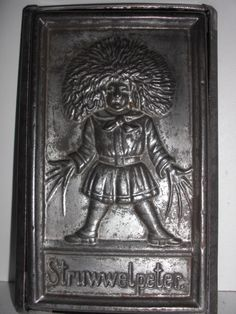 XRARE antike Schokoladenform Postcard antique chocolate mold ANTON REICHE # 517 | eBay Chocolate Butter, Chocolate Ice Cream, Chocolate Molds, How To Make Chocolate, Old Candy, Butter Molds, Baking Tins, Candy Molds, Candy Store
