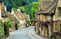 Things to do in Wiltshire. Places to visit in Wiltshire. Plan a trip to Wiltshire. Fun things to do in Wiltshire with kids. English Villages, English Cottages, Cotswold Cottages, Stone Cottages, Stone Houses, Cottages England, Cotswold Villages, Country Cottages, Cottages Uk