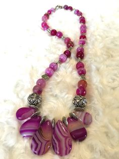 Natural striped - necklace - agate  -  round beaded - pink - Gift for her - christmas gift for her - silver beads - magnetic clasps.