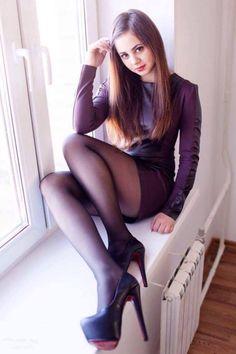 leggybabes — heelsandlonglegs: Follow me for more sexy girls...