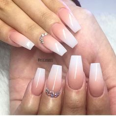 Ombre French Nails, Glitter French Manicure, French Tip Nails, Aumbre Nails, Gold Nails, Coffin Nails, Nails 2018, Stiletto Nails, Nail Manicure