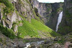 Vøringsfossen waterfall in Hardanger, Norway, seen from below.     Foto: Bjørn Andresen