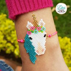 tom+alice Beaded Bracelets for Women Stackable Handcut Natural Stones 5 pcs Ermish Stretch Set Bangle – Fine Jewelry & Collectibles Bead Loom Patterns, Beaded Jewelry Patterns, Beading Patterns, Bead Loom Bracelets, Beaded Animals, Bijoux Diy, Seed Bead Jewelry, Pony Beads, Friendship Bracelet Patterns