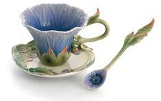 Flower teacups.