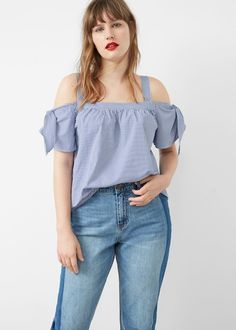 Geruite off-shoulder top