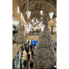 Mit dieser wunderschönen Weihnachtsdeko aus dem Alstertal Einkaufszentrum wünsche ich euch allen fröhliche Weihnachten und ruhige stressfreie Feiertage. Lasst es euch gut gehen. #merrychristmas #merryxmas #froheweihnachten #weihnachten #christmas #xmas #weihnachtsdeko #christmasdecorations #christmasdeco #winterwunderland #christmaslights #lights #hamburg #aez #alstertaleinkaufszentrum #shoppingmall  #shoppingcenter