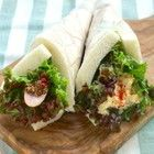 【試してみた】話題の薔薇のアップルパイ。びっくりするくらい簡単に作れる! | クックパッドニュース Bento, Sandwiches, Tacos, Mexican, Salad, Ethnic Recipes, Nihon, Food, Sticker