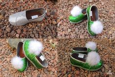 For less than 10 bucks I was able to make my toddler her own Tinker Bell costume shoes that make the jingle sound when she walks! She w...