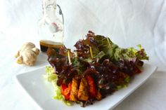 Vega wraps van sla, vol gezonde groenten en tempeh ♥ Foodness - good food, top products, great health