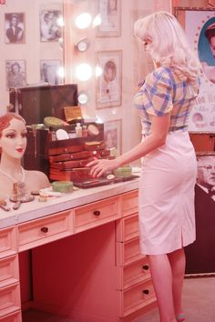 Vintage Blog - The Pink Collar Life: Max Factor Hollywood Museum