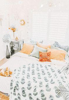 not my photo! Cute Bedroom Decor, Teen Room Decor, Room Ideas Bedroom, Bedroom Inspo, Bedroom Designs, Wall Decor, Aesthetic Room Decor, Cozy Room, Dream Rooms