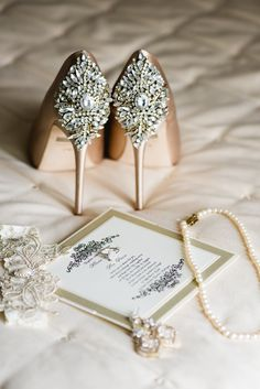 423c08e0d23c champagne colored wedding shoes and wedding invitations Champagne Wedding  Colors