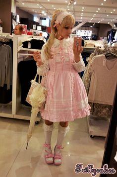My little Sister shoppin outfit <3 - Saija Sasetar Frillycakes