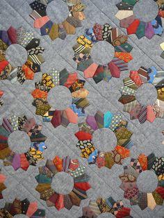 La Danse des Cravates (Tie Quilt) by Bernadette Laroque.  Mary & Patch: Quilt en Sud