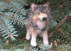 Wolf Sculpture  / Needle Felted  Animal / Great by GourmetFelted