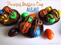 Chocolate! Peanut Butter M&ms, Peanut Butter Recipes, Chocolate Peanut Butter, Chocolate Toffee, Death By Chocolate, Chocolate Desserts, Divine Chocolate, Party Dip Recipes, Candy Recipes