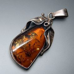 VINTAGE POLAND BALTIC AMBER SWIRLED LEAVES STERLING SILVER PENDANT #amber #silver-pendants #vintage-silver-pendants