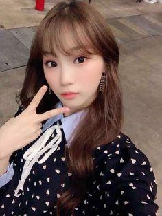 Kpop Girl Groups, Korean Girl Groups, Kpop Girls, Stephanie Laurens, Forever Girl, Yu Jin, Uzzlang Girl, Japanese Girl Group, 3 In One