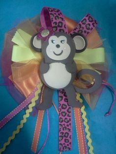 Corsage baby monky