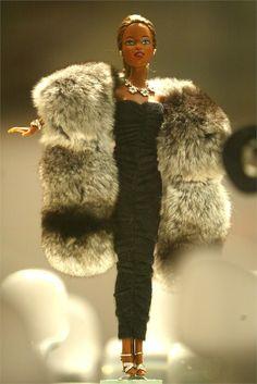 http://www.vanityfair.it/lifestyle/bambini/14/03/barbie-compie-55-anni