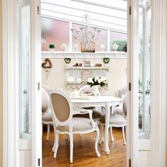 Small conservatory with French style