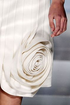 Layers, line & contour - dress with sculpted rose detail; closeup couture // Valentino