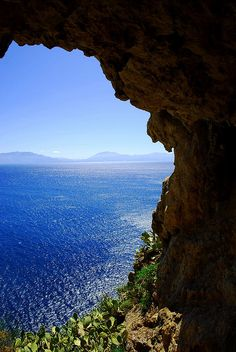 Rep the little Sicilian I have in me. I need to go here. (Mare di Palermo, Sicilia, Italy) #palermo #sicilia #sicily