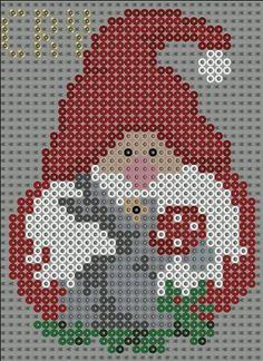 Julestjerner i hama perler. Hama Beads Design, Hama Beads Patterns, Beading Patterns, Xmas Cross Stitch, Cross Stitching, Cross Stitch Patterns, Christmas Perler Beads, Christmas Cross, Iron Beads