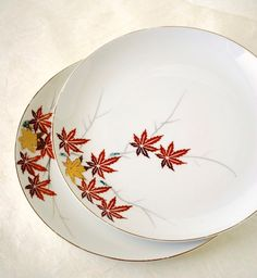 Vintage Maple Leaf Plates, YY Made in Japan, Dinner Plates Set of Two. $21.00, via Etsy.