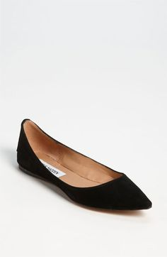 Free shipping and returns on Steve Madden 'Vegasss' Flat at Nordstrom.com. A pointed toe exudes cool on a low-profile flat.