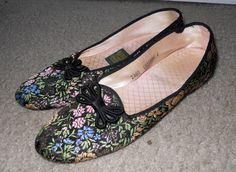 vintage Daniel Green Comfy Slippers black metallic brocade floral house shoes 6 #DanielGreen #Slippers