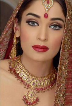We love to create ethnic bridal makeup on Pinterest ...