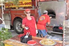Authentic firetruck/food truck that makes artisan pizzas for a kids party.