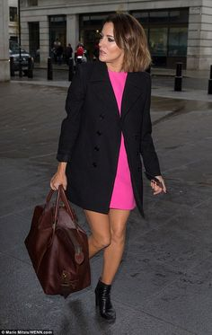 Newly-single Caroline Flack stuns in hot pink dress ahead of SCD final #dailymail