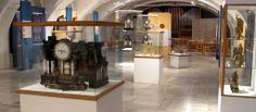 Šumperští ukázali poprvé veřejnosti větší část sbírky hodin: Čas nejde zastavit... Muzeum v Šumperku připravuje od 24. 10. 2013 ve Výstavní síni ucelenou a opravdu bohatou kolekci hodin ze sbírek šumperského muzea a jeho poboček muzeí v Mohelnici Zábřehu a z Havelkova muzea v Lošticích. Poprvé se veřejnosti představí hodiny z nichž většina pochází ze starých muzejních sbírek. K vidění budou hodiny sloupkové nástěnné stolní skříňkové...