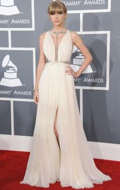 Shop Taylor Swift Grammys 2013 Prom Dress Red Carpet Gown, wear this gorgeous Taylor Swift dress, like a star in the red carpet. Dresses 2013, Prom Dresses, Graduation Dresses, Dress Prom, Dresses Online, Evening Dresses, Party Dress, Taylor Swift Rojo, Taylor Swift Vestidos