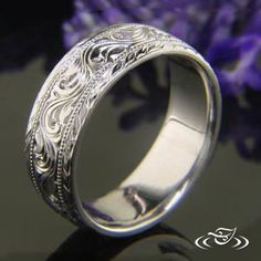 ANTIQUE HAND ENGRAVED BAND #GreenLakeJewelry