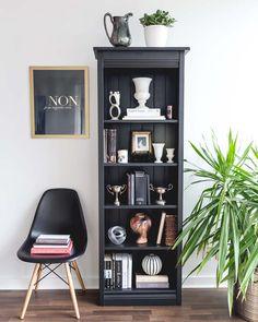 Style a Moody, Black & White Bookcase - Bookshelf Decor Black Bookshelf, White Bookshelves, Bookshelf Styling, Bookcases, Narrow Bookshelf, Bookshelf Design, Luxury Bedroom Design, Interior Design, Diy Design